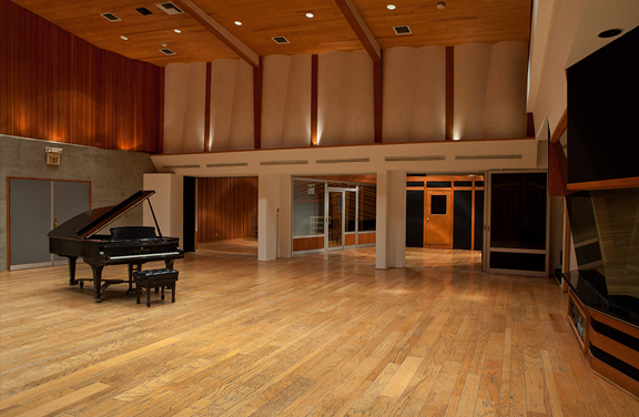Superb Studio A Live Room Image 1